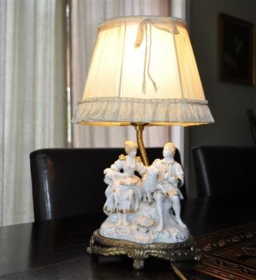 Boudoir table lamp